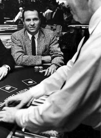 Edward Thorp jouant au Blackjack